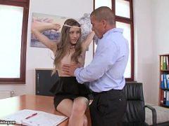 Video xv porno com patrão comendo funcionaria