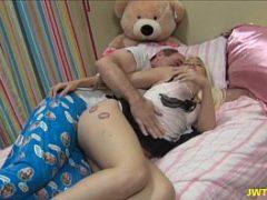Sexo proibido com pai transando com a filha